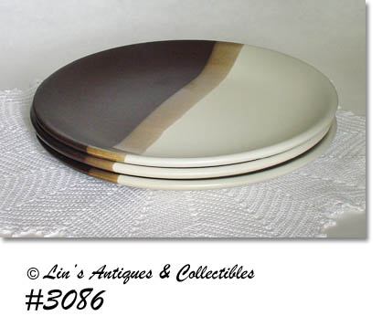 EXCELLENT CONDITION MCCOY SANDSTONE DINNER PLATES! THERE ARE 3 IN LISTING AND THEY ARE THE VERY DIFFICULT TO FIND SMOOTH SHAPE (THEY DO NOT HAVE THE ...  sc 1 st  Lin\u0027s Antiques & McCoy Sandstone