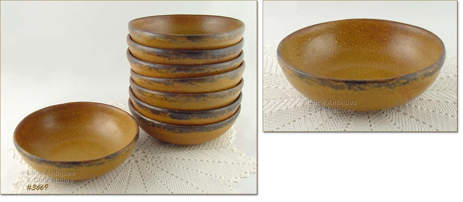 THIS LISTING HAS A SERVING BOWL FROM MCCOYu0027S CANYON DINNERWARE LINE! BOWL MEASURES 7 ¾u201d DIAMETER 2 ½u201d TALL AND BOTTOM IS MARKED 1423 MCCOY USA. & page 2