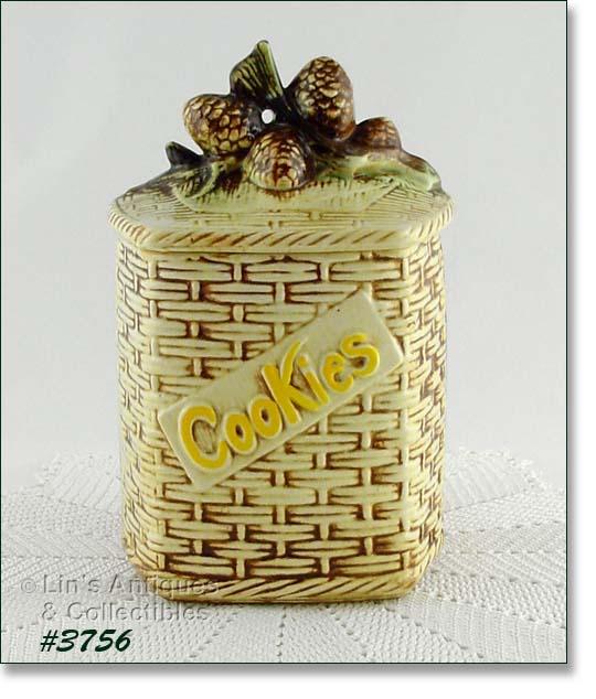 Mccoys Christmas Trees: Cookie Jars
