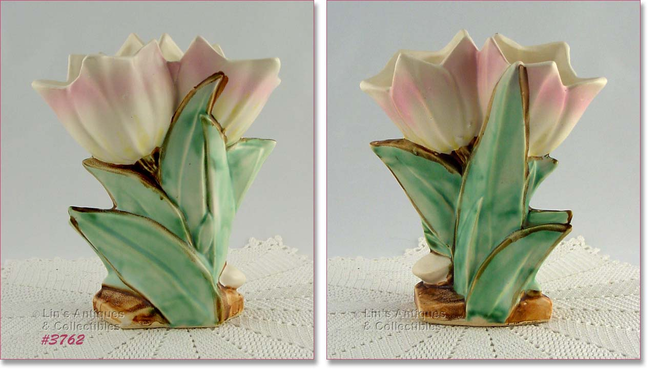 Flower forms beautiful mccoy double tulip vase with pale pink tips produced in 1950 vase is in super condition with no chips dings or cracks floridaeventfo Gallery